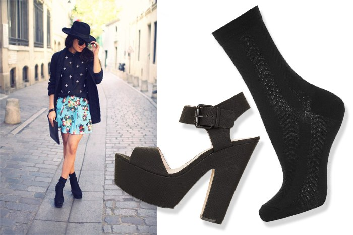 fekete zokni-szandál