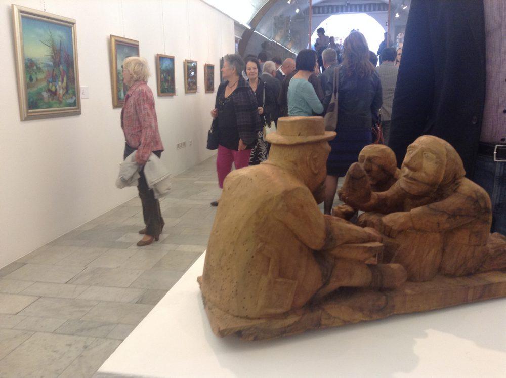 Hoppál: a naiv művészet közel áll a népművészethez