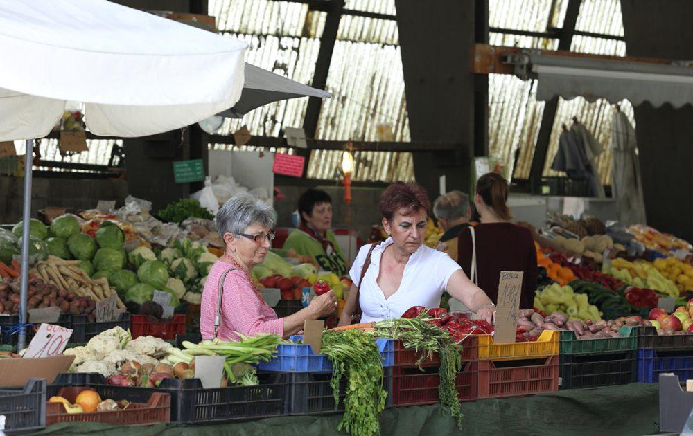 uránvárosi piac, hl1