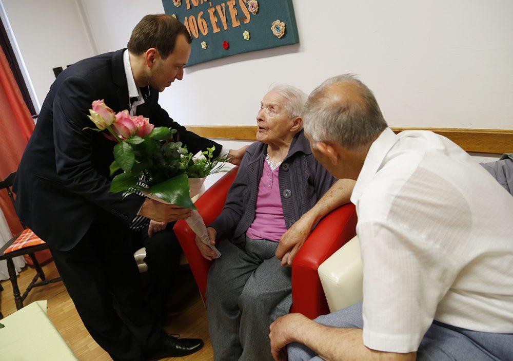 Az alpolgármester is gratulált a szép korhoz