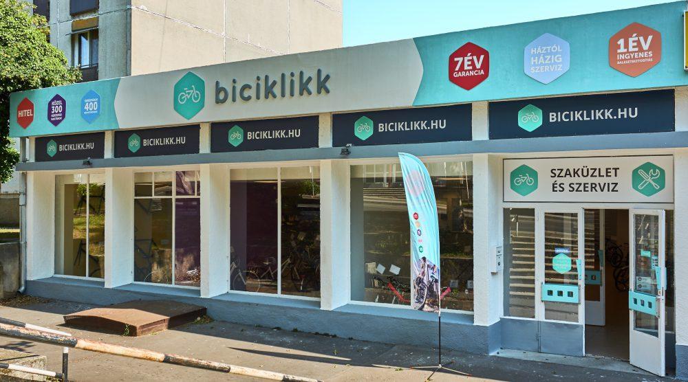 003_Zsofi_Biciklikk