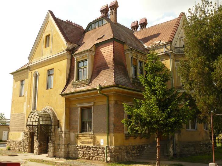 erreth villa