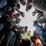Megéheztek a migránsok a határon