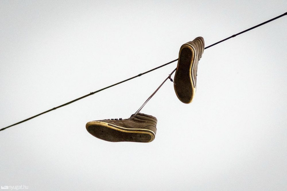tornacipő vezeték