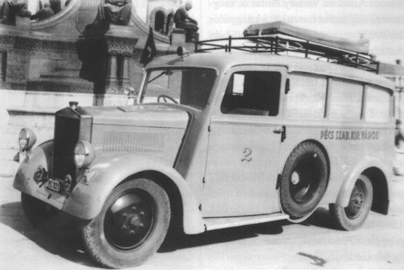Az első pécsi mentőautó is Varga-gyártmány