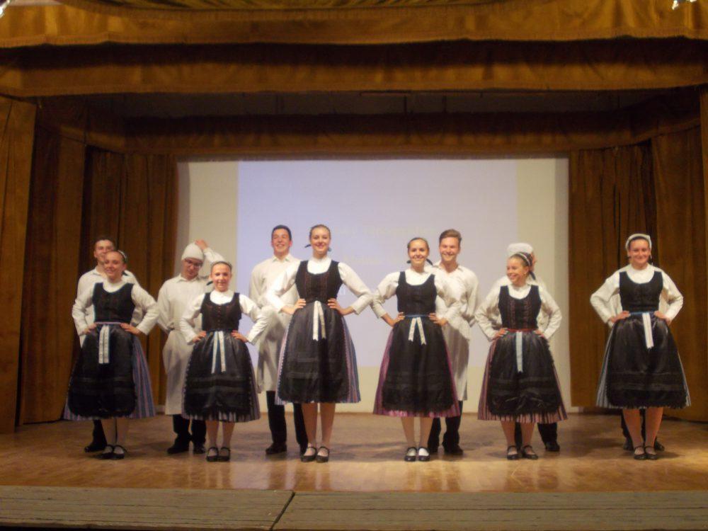A Leőwey németes tanulói táncoltak az eseményen egy nagyot