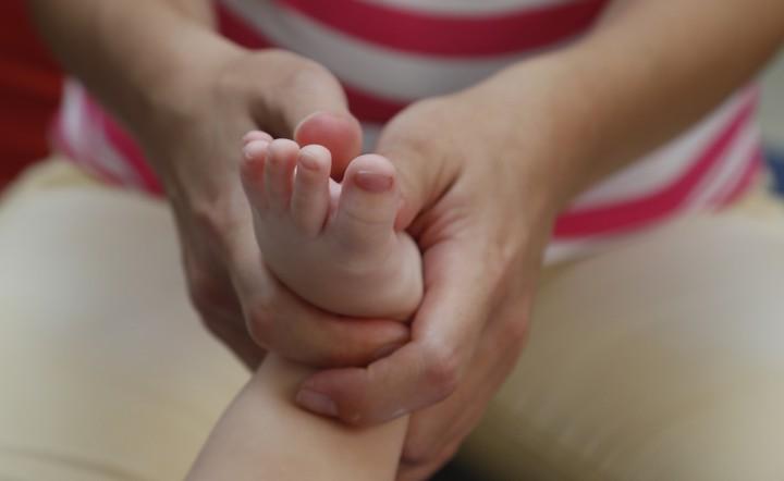 A babamasszázs akkor a leghatékonyabb, ha rendszeresen, a kicsi igényeinek megfelelően végezzük.