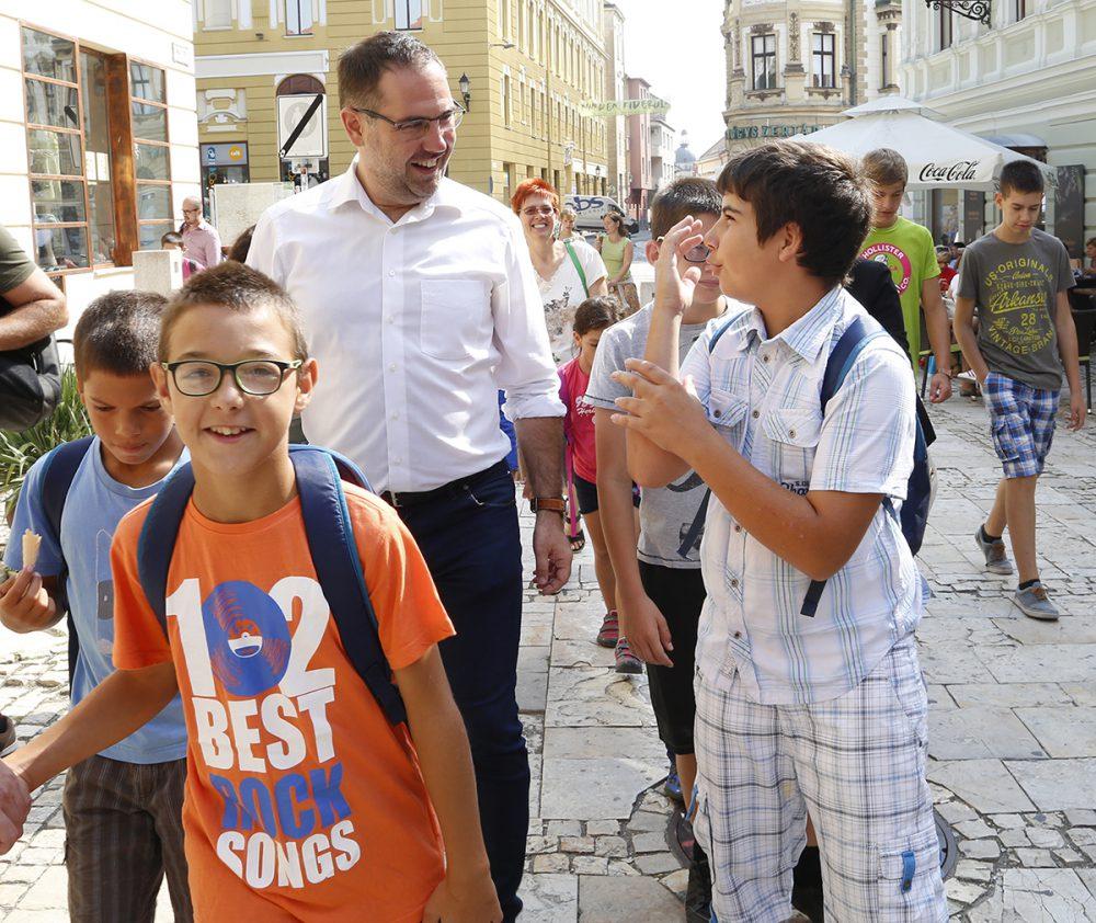 erdélyi gyerekek, hl13