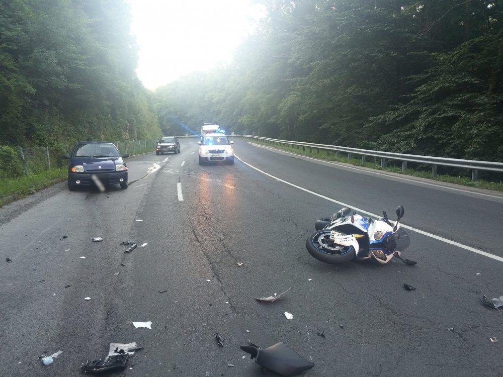 Látkép, motoros baleset után