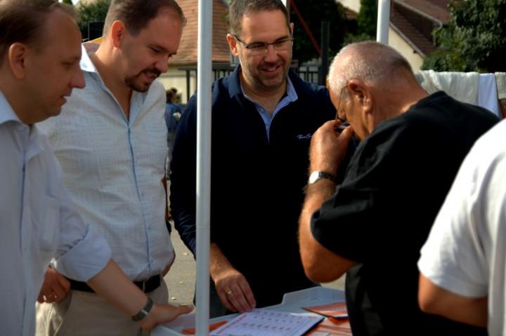Grób Gábor, önkormányzati képviselő is kampányolt