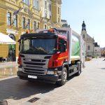 Elektromos kukáskocsi cirkál Pécsen