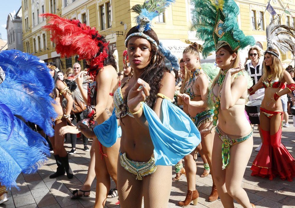 pécs city karnevál, hl03