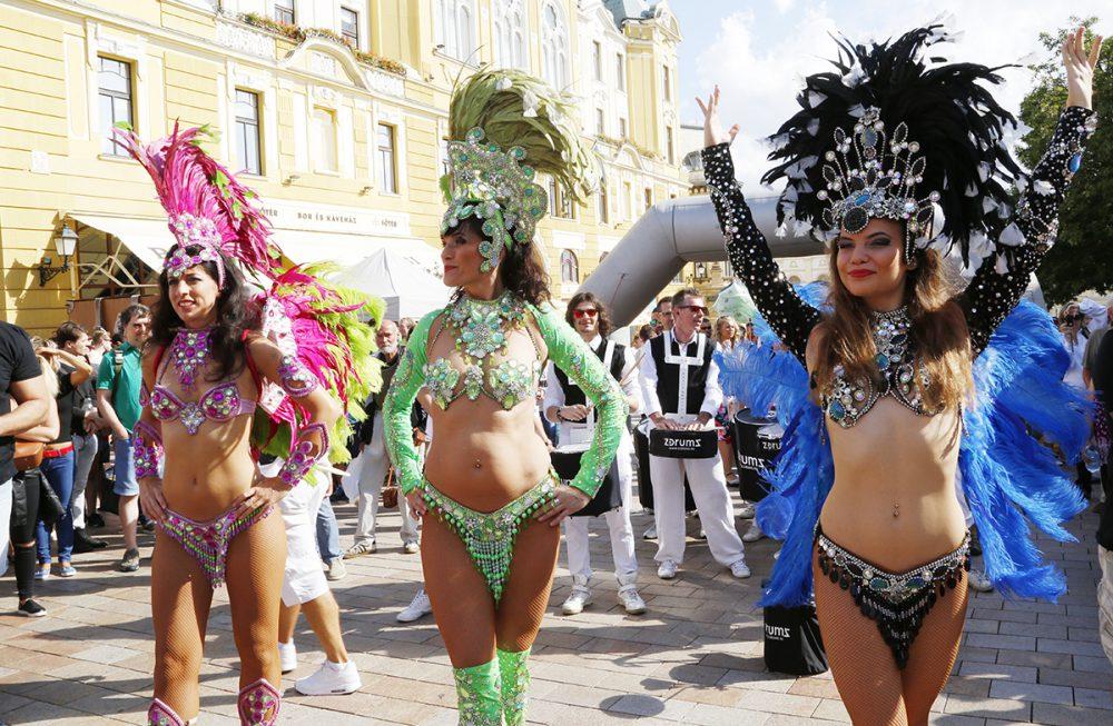 pécs city karnevál, hl08