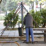 Drogosok és hajléktalanok a kertvárosi játszótéren?
