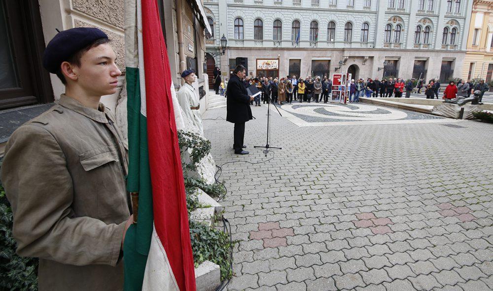 Olexa: folytatják a küzdelmet