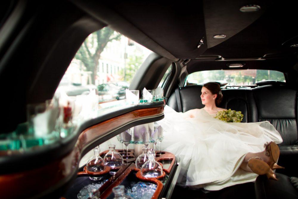 esküvői limuzin