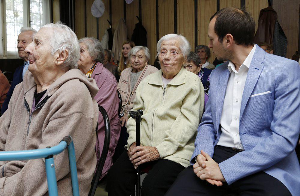 idősek világnapja, tüzér otthon, hl02