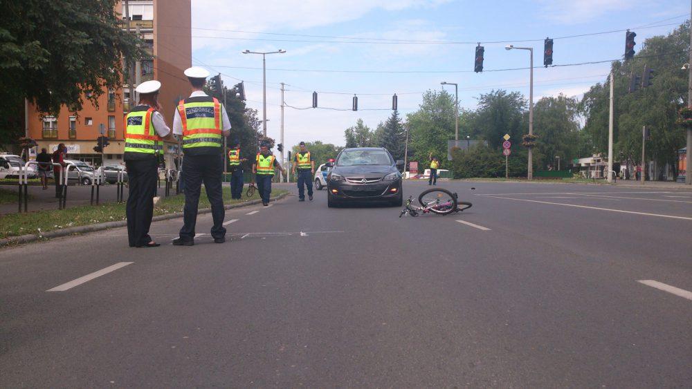 rendőr bicikli baleset
