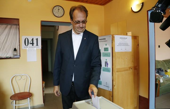 szavazás09