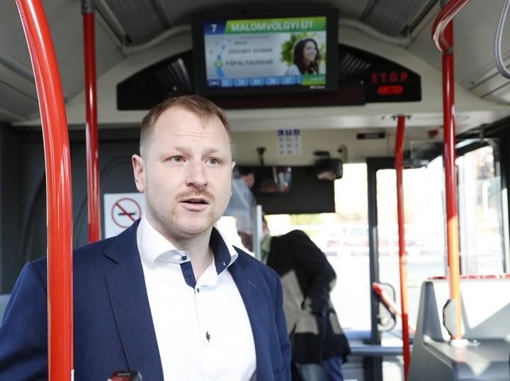 új fejlesztés a buszokon, hl02
