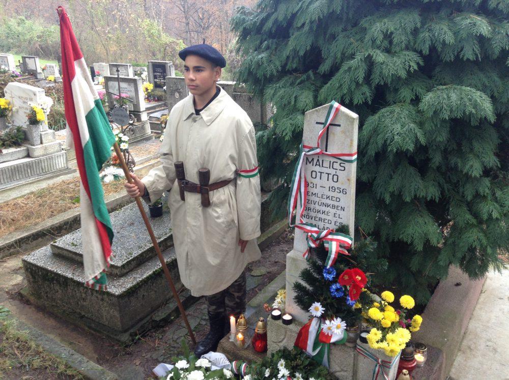 Málics Ottó sírja Pécsbányán