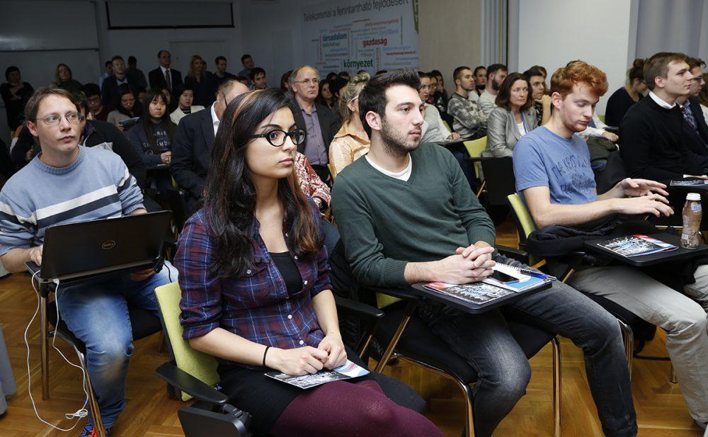 Nemzetközi hallgatóból volt bőven az ünnepélyen
