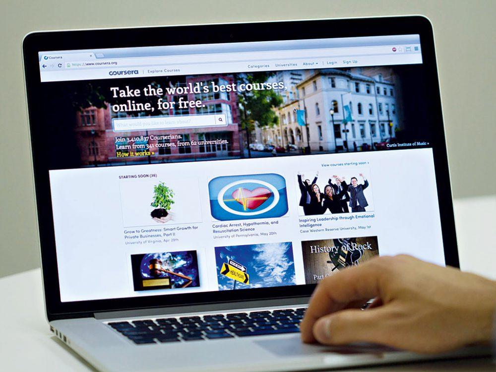 Tantárgyfelvétel az online egyetemeken - nincs macera