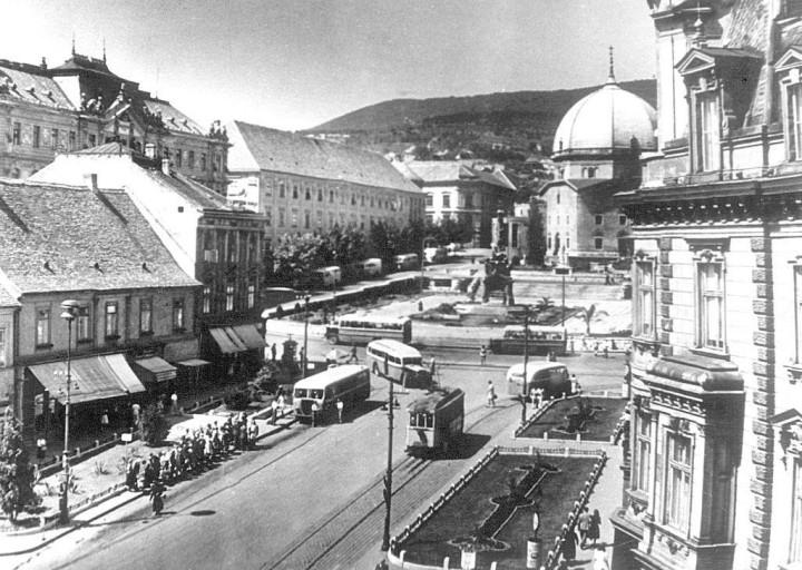 szechenyi-ter-regen-1950