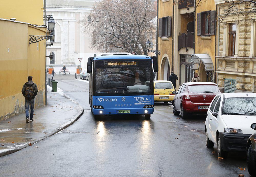elektromos buszok, hl08