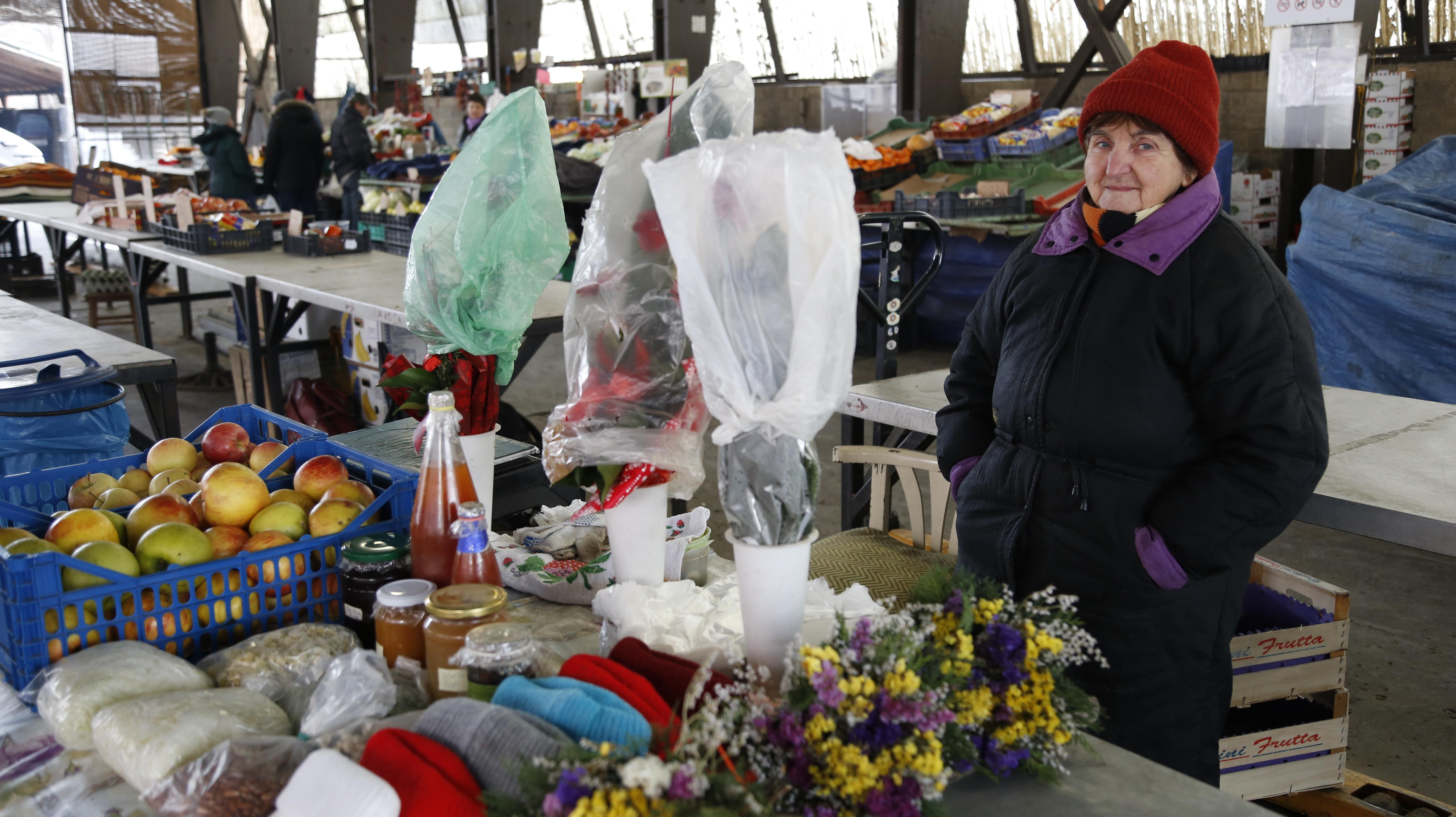 Nagy Béláné nemsokára már nem árulja portékáit a piacon