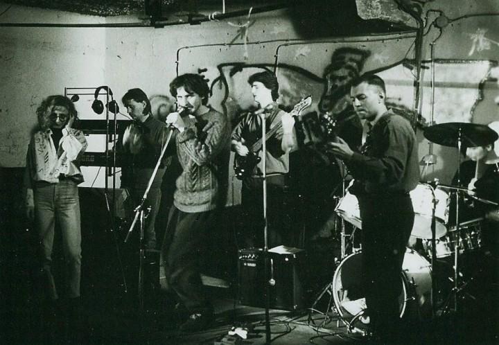 MILFAV a Gyárban - 1992