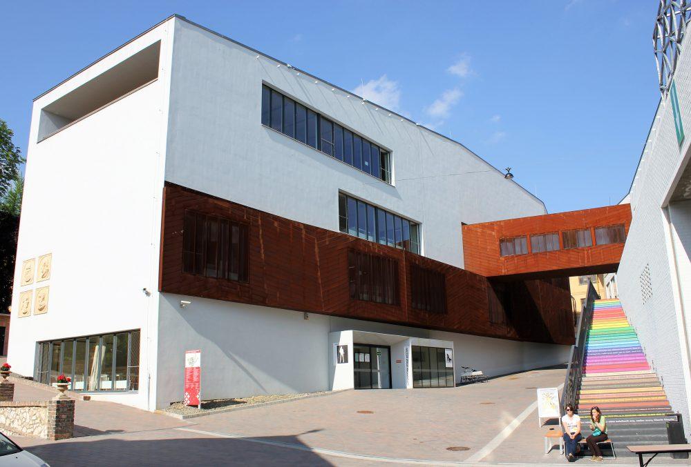 PTE MK ZMI épülete