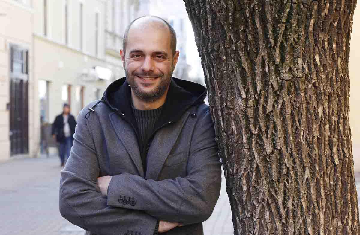 ciprusi író, hl01