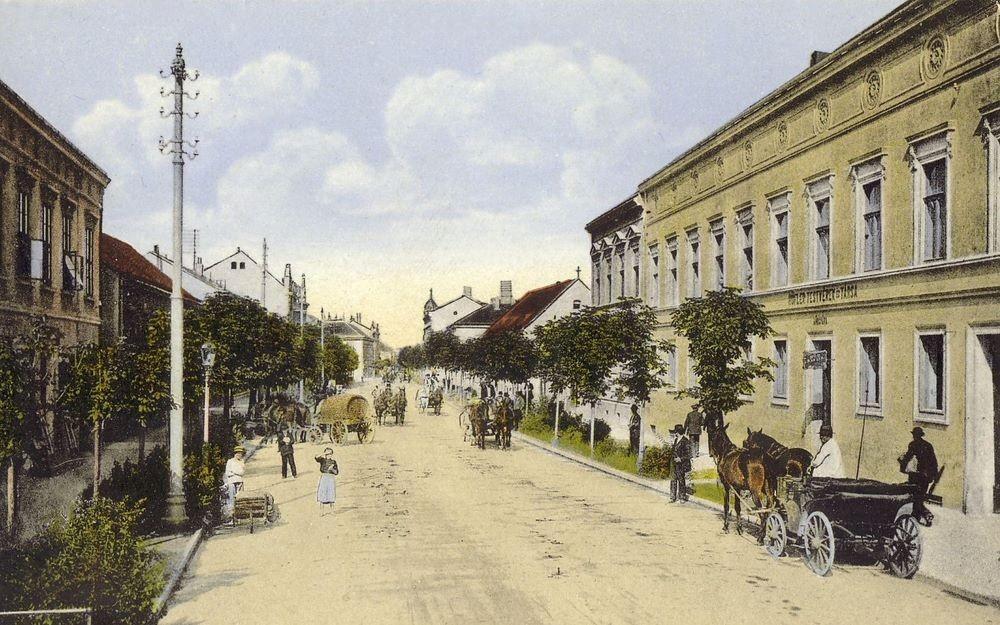 A Rákóczi út az 1900-as években: hasonlóképp festhetett a Czindery-kert környéke (Forrás: Régi Pécs Blog)