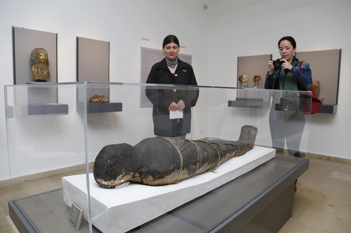 egyiptomi kiállítás, hl01