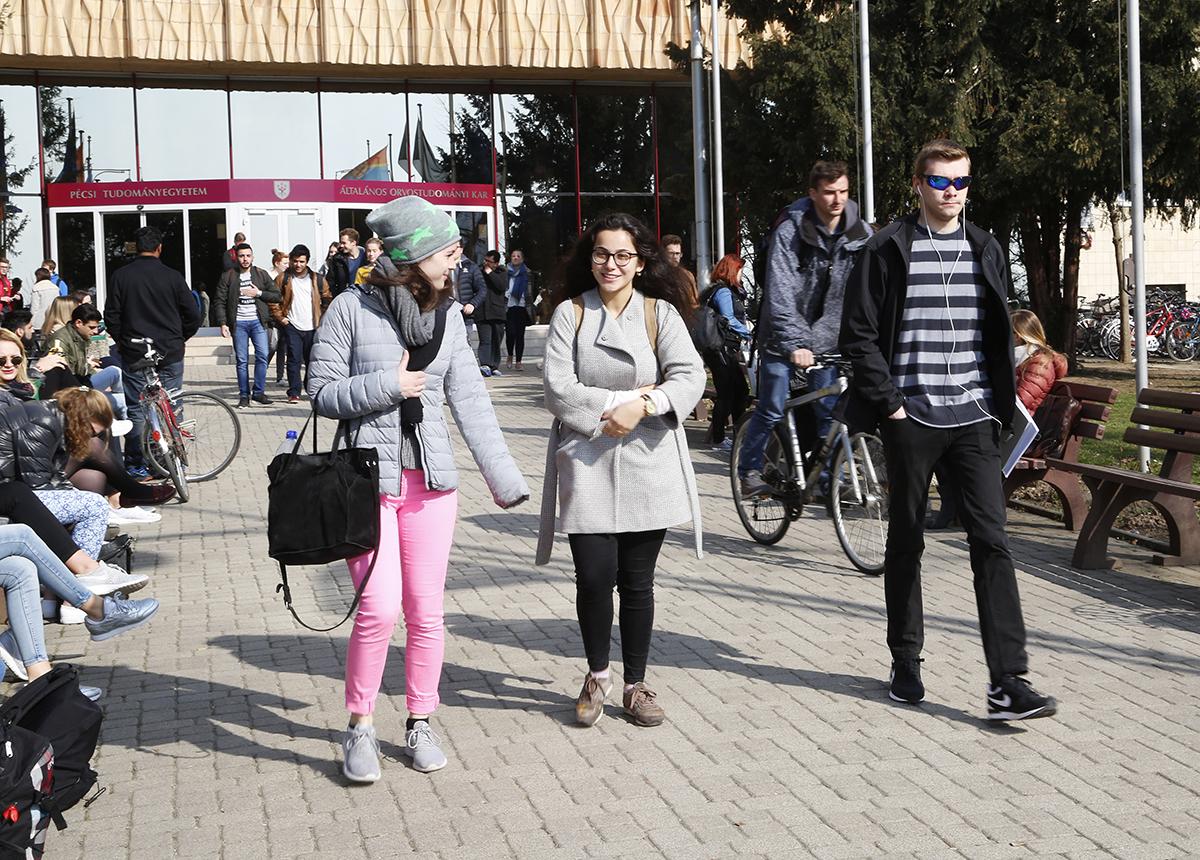 külföldi diákok, pote, hl01
