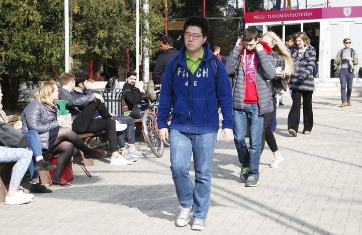 külföldi diákok, pote, hl02