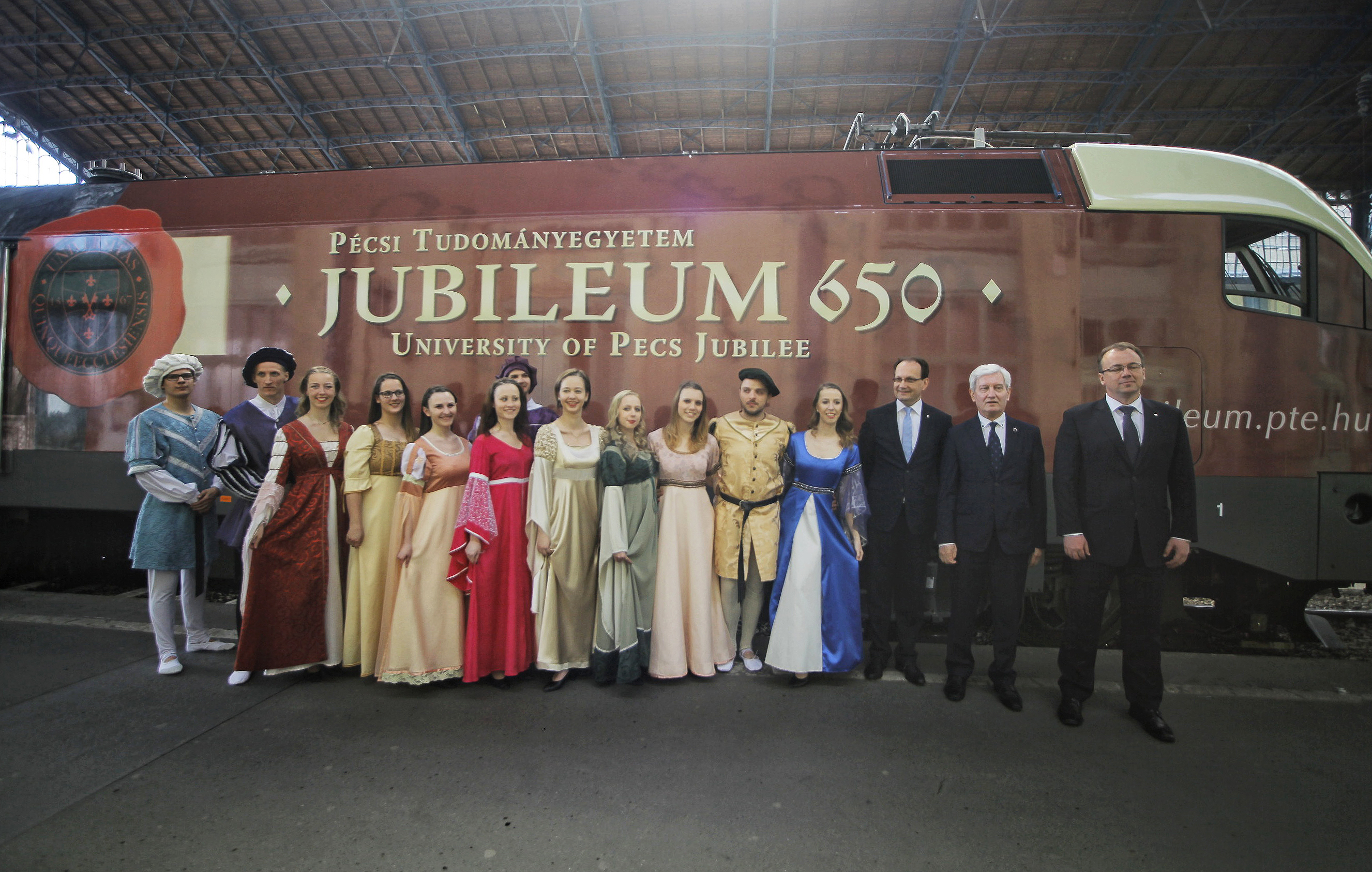 pte, jubileumi mozdony, hl01