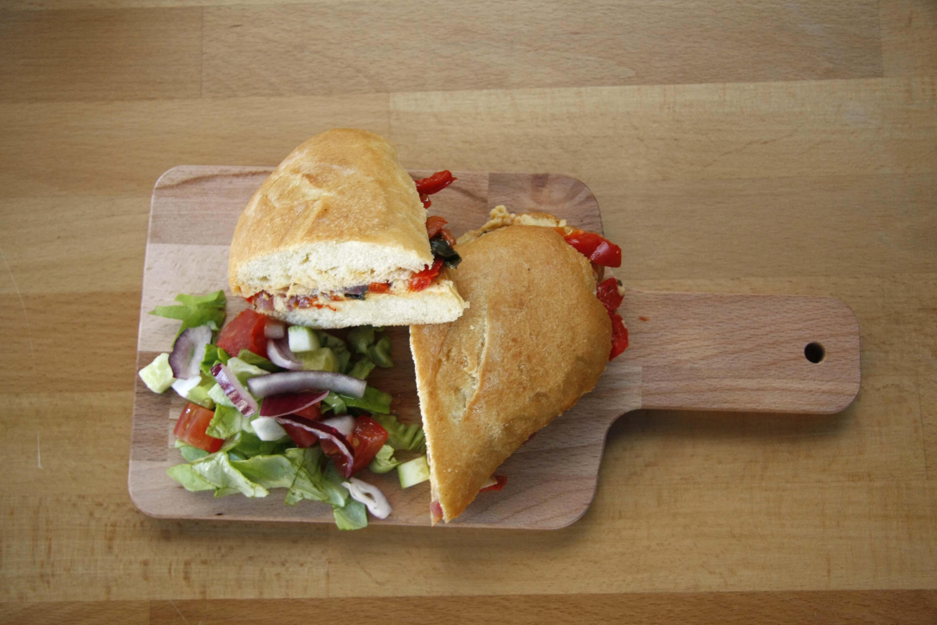 vagodeszka, etterem, bisztro, szendvics, saláta, lyr