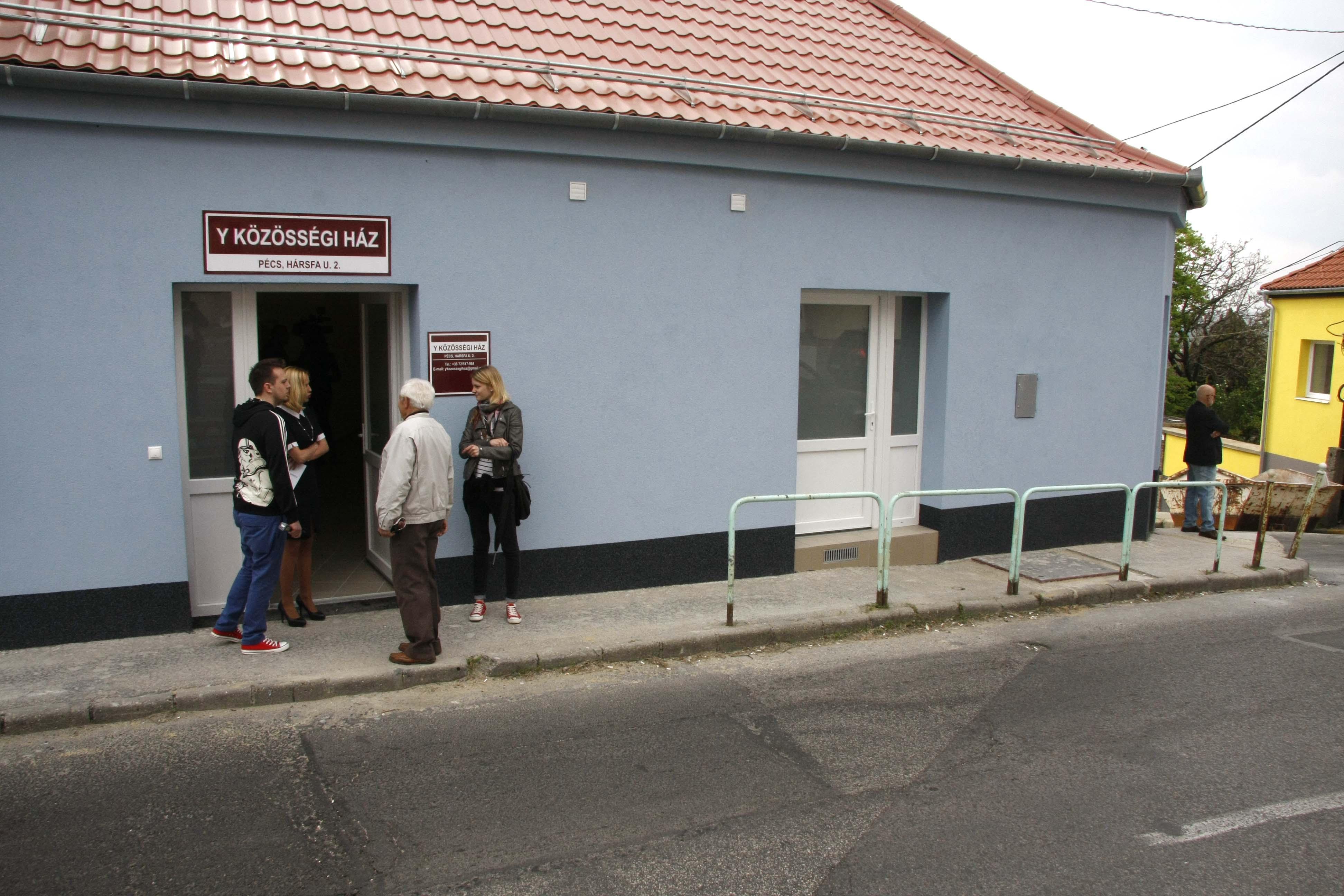 Mindenkit vár az Y Közösségi Ház