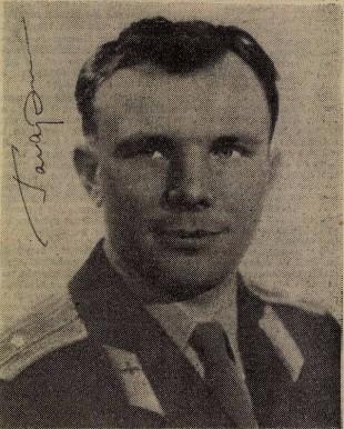 Egy dedikált Gagarin-fotó Pécsről (Fotó: Hungaricana/Dunántúli Napló)