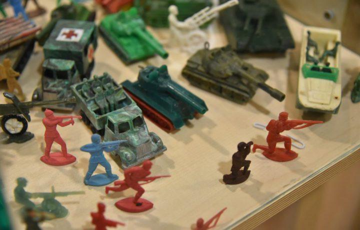 tank, katonák, háború